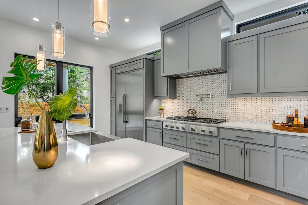 Kitchen Cabinets Saskatoon